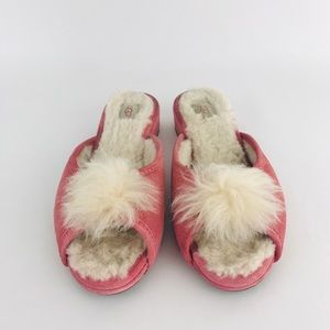Ugg slippers shoes size 7 suede pink leather